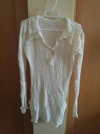 Jersey crochet blanco.