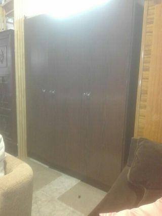 armario usado tres puertas
