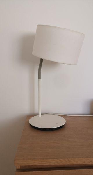 lámpara blanca IKEA