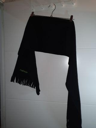 Bufanda negra Fluimicil
