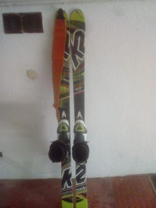 equipo de esqui de montaña