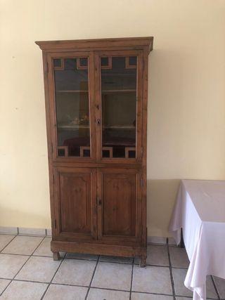 Mueble antiguo francés
