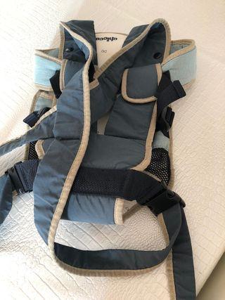 Mochila portabebés transpirable y ergonómico