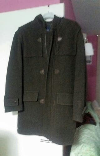 abrigo con capucha hombre (Urbamem)