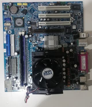 Placa base Gigabyte