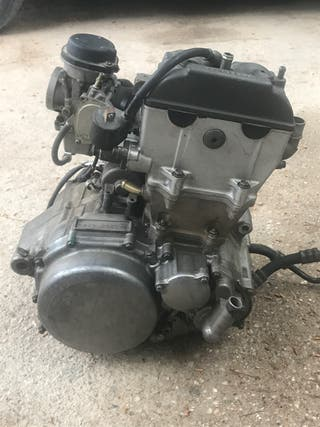 Motor suzuki ltz 400