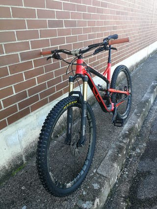 Bicicleta YT Jefssy