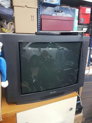 TV Sony black triniton