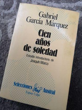 """""""CIEN AÑOS DE SOLEDAD""""GABRIEL GARCÍA MÁRQUEZ"""