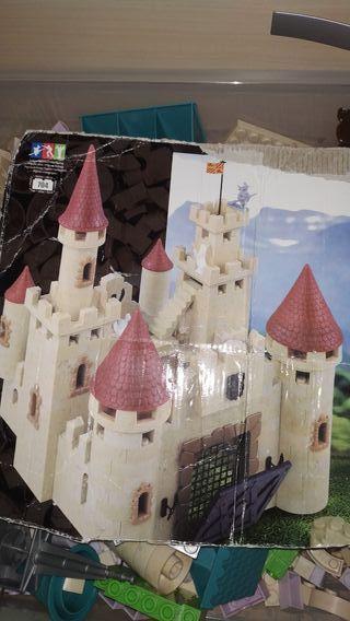 Castillos para construir.