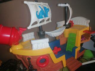 Barco pirata juguete