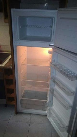 se vende frigorifico teka