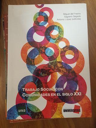 trabajo social con comunidades UNED