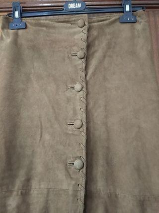 Falda larga piel natural