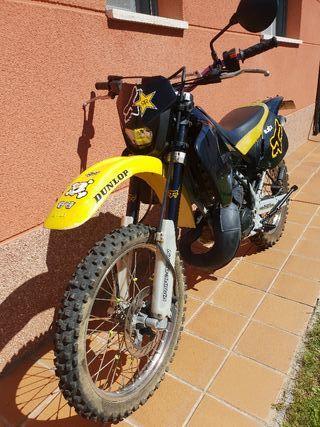 Aprilia etx 125 cc 2t