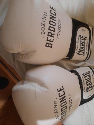 guantes Charlie de Boxing Berdonce Studio