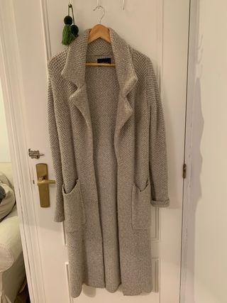 Abrigo/ chaqueta larga de lana gris