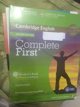 libro inglés Complete First