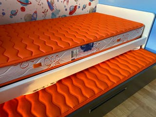 Conjunto cama nido + mesita
