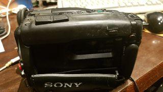 Sony Hi8 8mm CCD TR705E video camara
