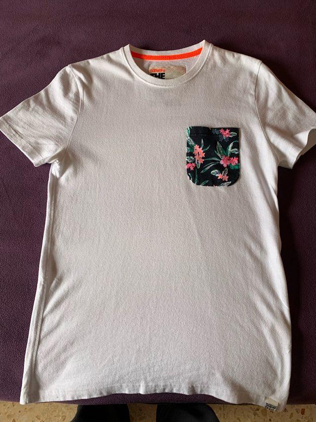 Pack de 6 camisetas superdry..talla S