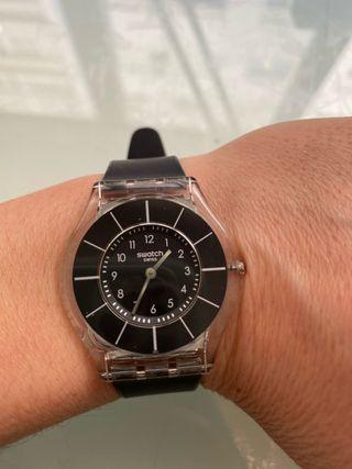 Reloj negro mujer Swatch