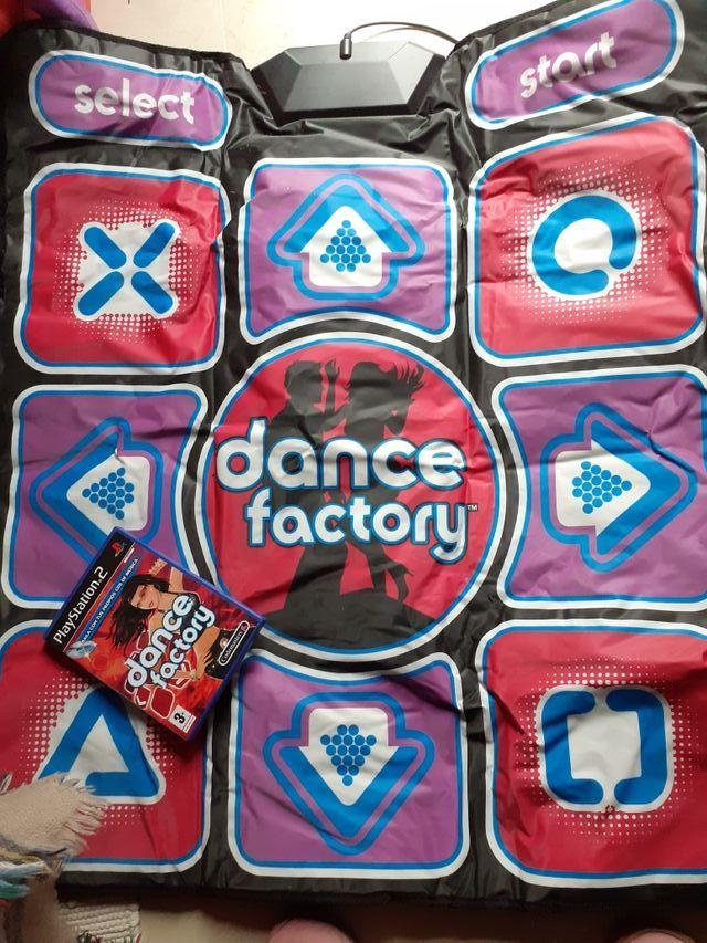 juego y plataforma de baile Play Station 2