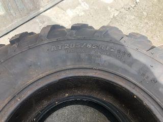 Conjunto de llantas y neumáticos para quad
