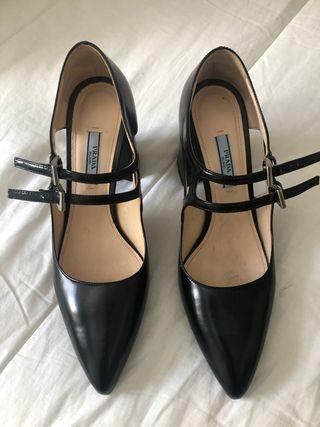 Zapatos marca lujo