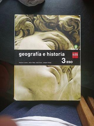 libro de geografía e historia 3°eso