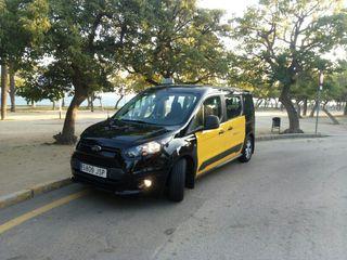 licencia de taxi Barcelona 6 plazas