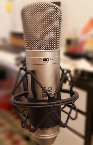 Microfono de estudio Behringer B2 Pro