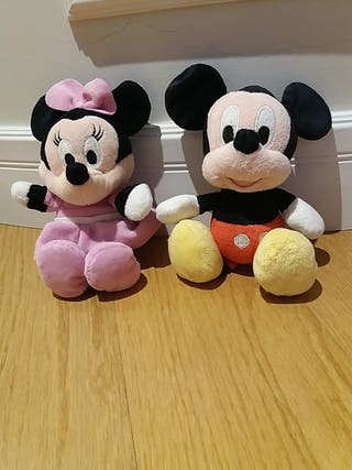 Peluches Minie y Mikie Mouse