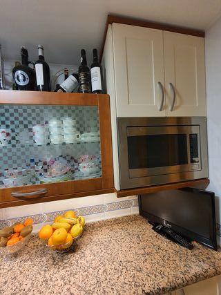 Se vende muebles de cocina y electrodomésticos