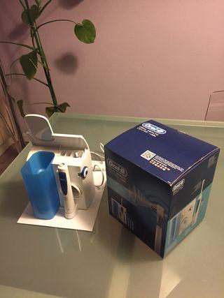 Irrigador bucal Oral B Professional Care Oxyjet
