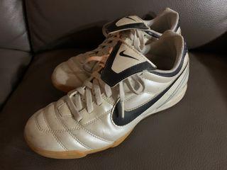 Zapatillas futbol sala 40