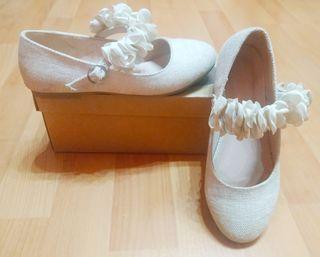 Zapatos fiesta de niña.