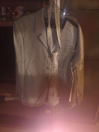traje completos cn chaleco +regalo corbata