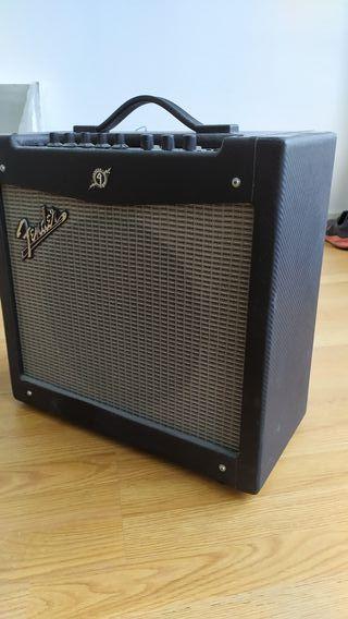 Amplificador de Guitarra Fender Mustang II