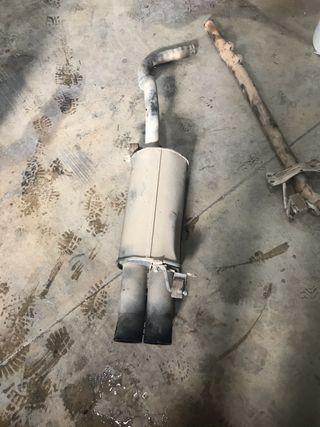 Se vende tubo de escape de seat ibiza cupra