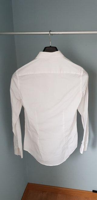 Camisa blanca chico