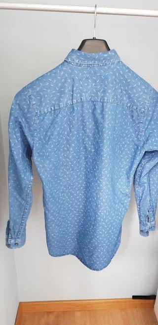 Camisa vaquera estampada chico.