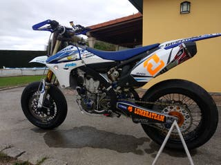 YAMAHA YZF 450 SUPERMOTARD