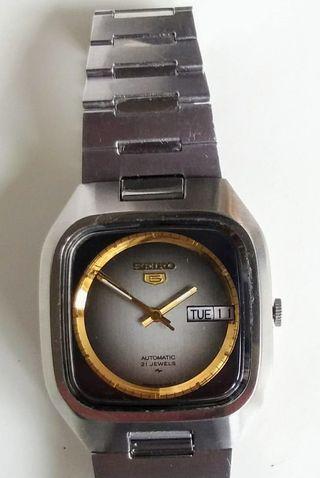 Reloj automático Seiko 7019