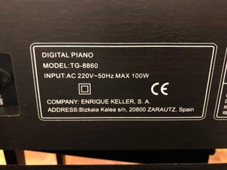 Piano eléctrico E. Keller