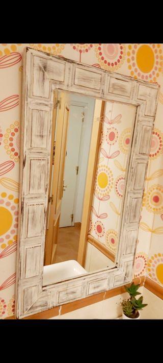 Espejo antiguo restaurado
