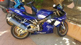 Se vende Yamaha R1