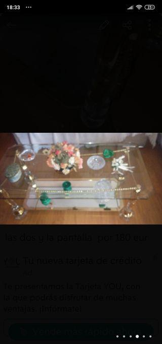 mesa de cristal dorado y metaquilato