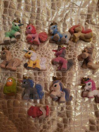 13 figuras mini terciopelo:caballos, unicornios...