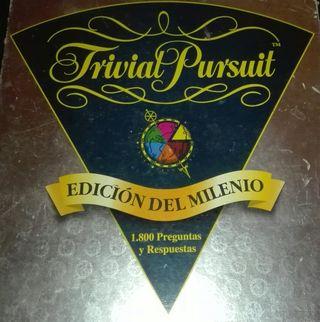 JUEGO COMPLETO DE MESA TRIVIAL PURSUIT